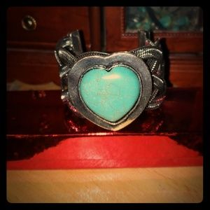 NWOT Turquoise Heart Cuff